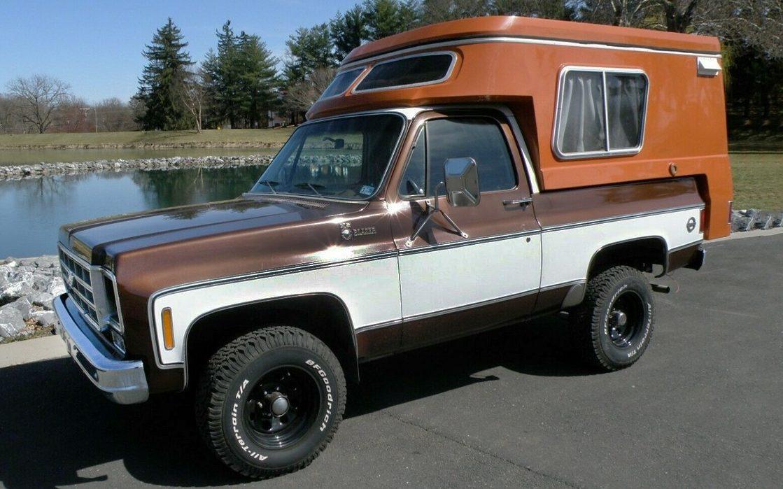 4x4 Camper: 1978 Chevrolet Blazer Chalet