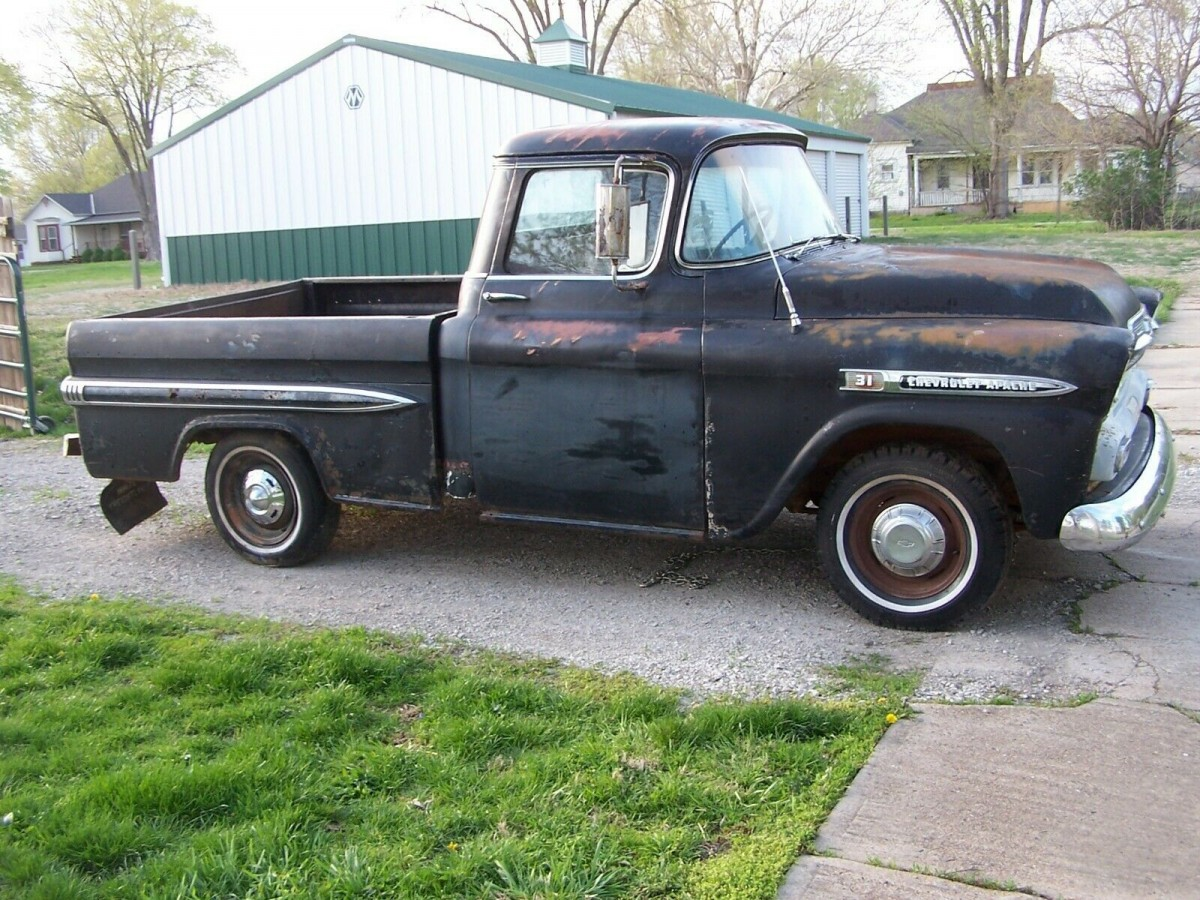 Commercial Luxury: 1959 Chevrolet Apache Fleetside Deluxe