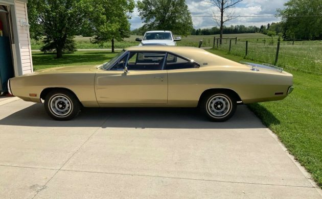 Charger For Sale - Barn Finds