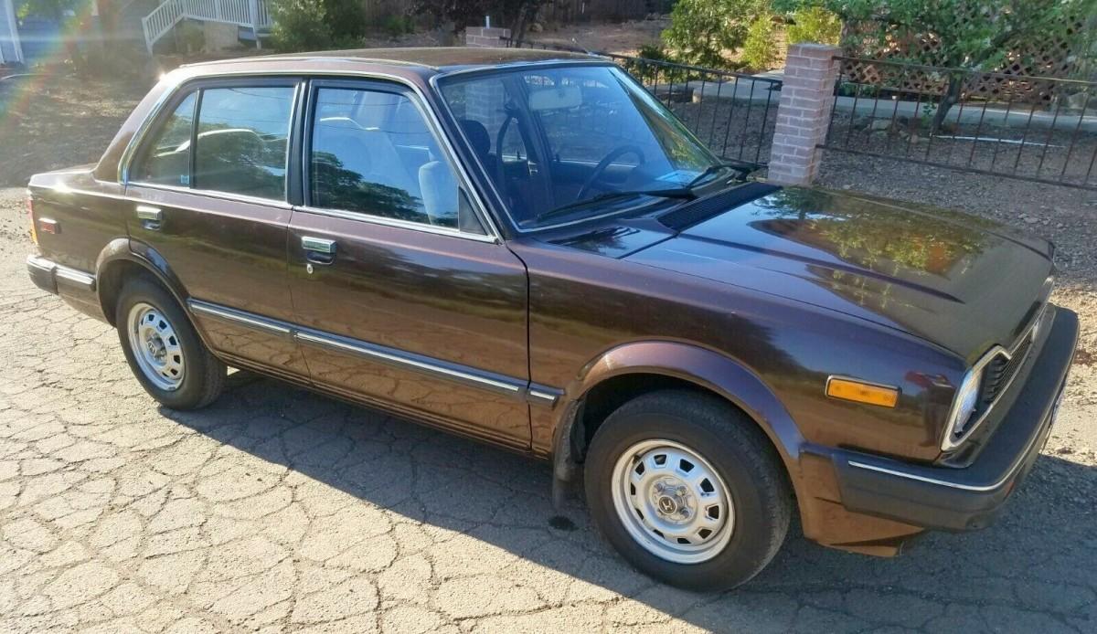 Unlikely Survivor: 92k Mile 1982 Honda Civic - Barn Finds