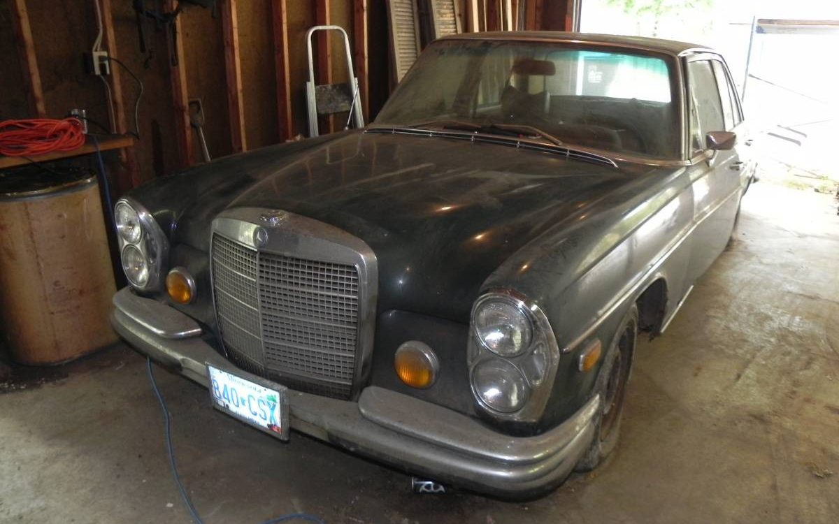 4 5l Barn Find 1972 Mercedes 280 Se Barn Finds