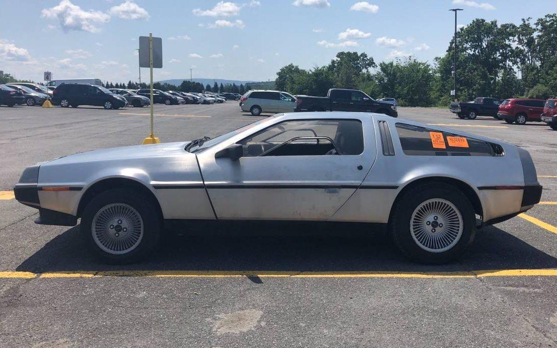 5-Speed Driver: 1981 DeLorean DMC12