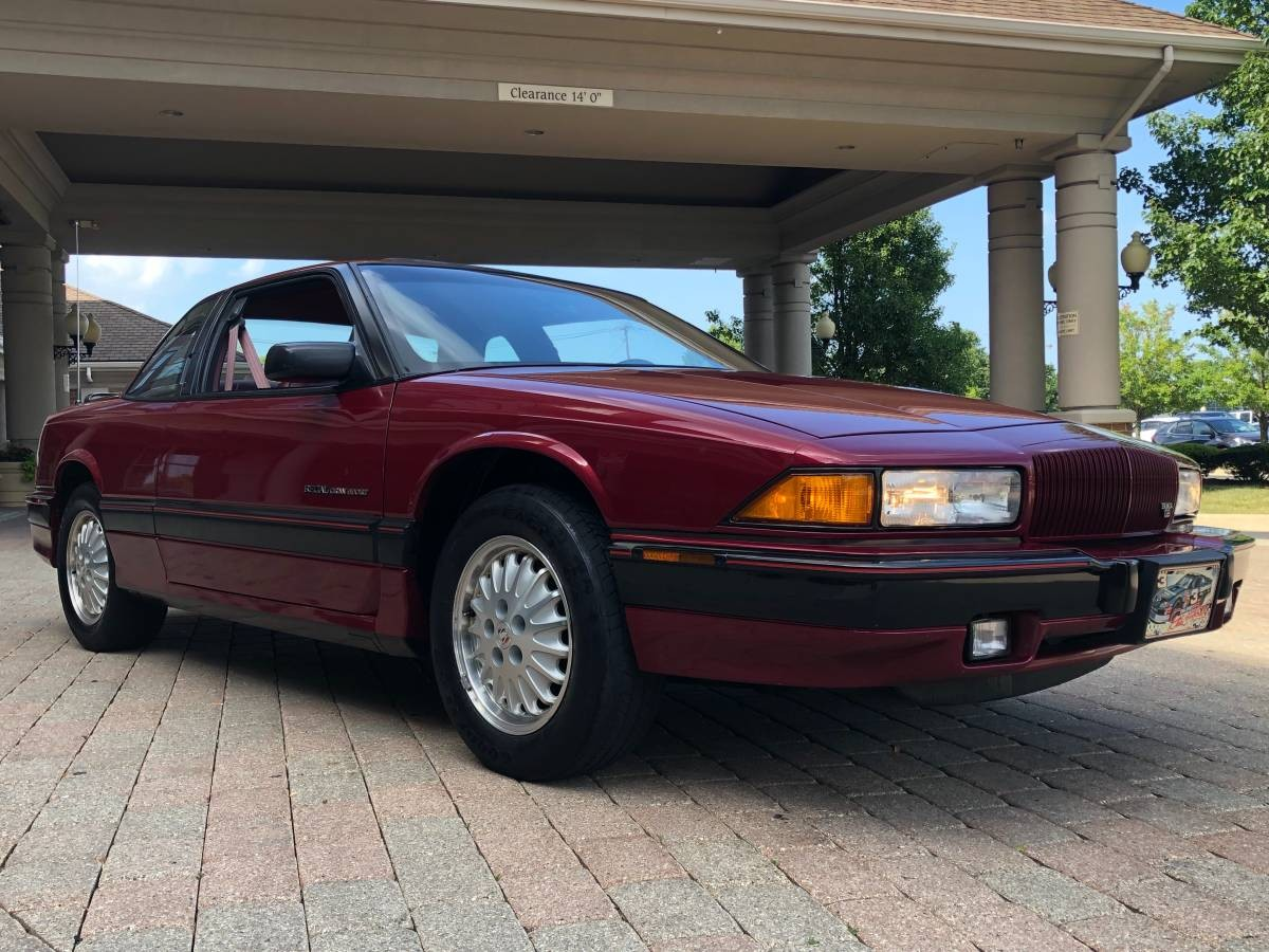 Get Lost In The Rockers 1993 Buick Regal Gs