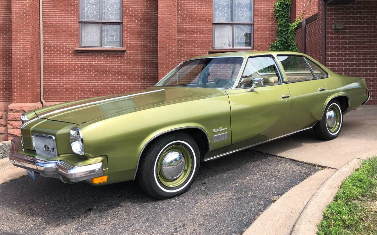 15K Miles! 1973 Oldsmobile Cutlass Supreme
