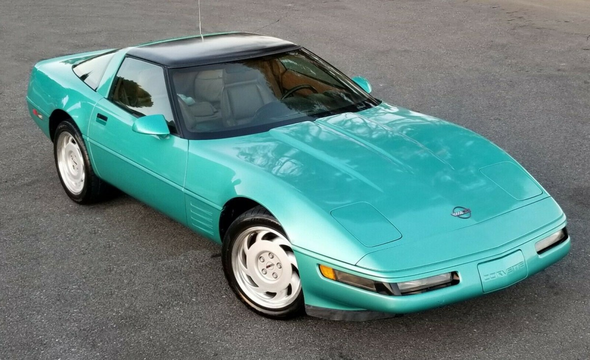 Turquoise Metallic Survivor 1991 Chevy Corvette