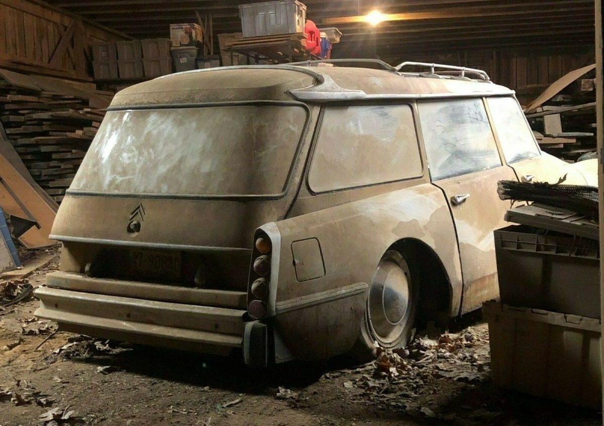 Parked Since '71: 1961 Citroen ID19 Safari Wagon