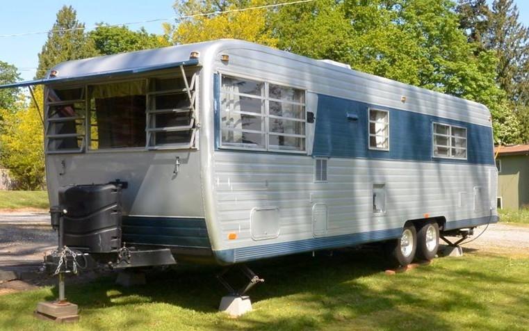 Updated Luxury 1969 Boles Aero 310 J Barn Finds