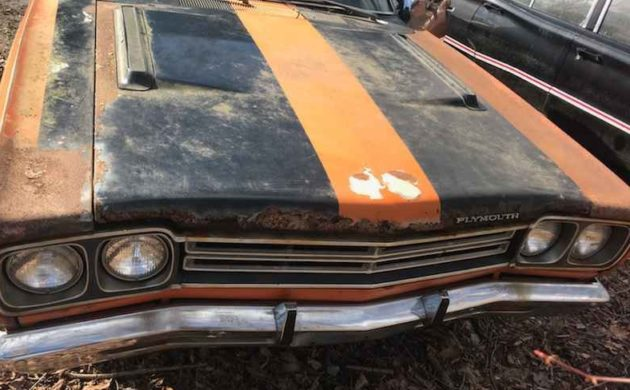 Parked For 34 Years 1969 Plymouth Road Runner