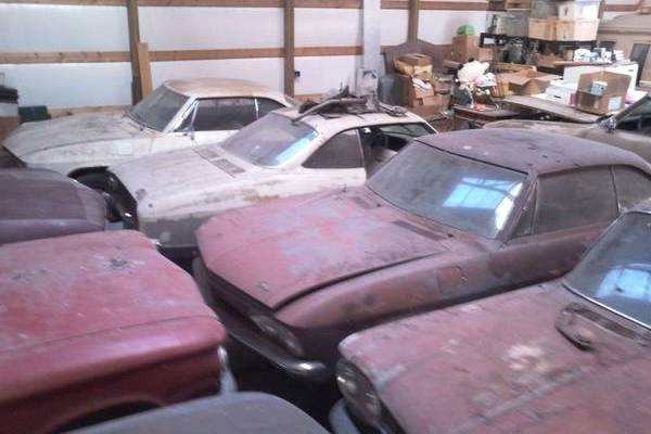 corvair-barn-find-3