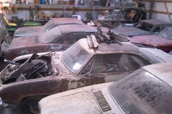 corvair-barn-find-4