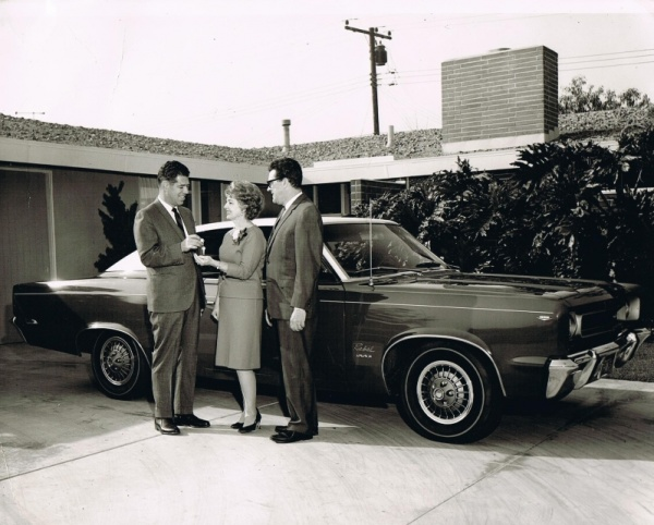 mr-and-mrs-long-with-rambler